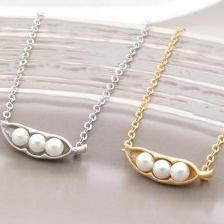 3 peas in a pod bracelet, gold and white